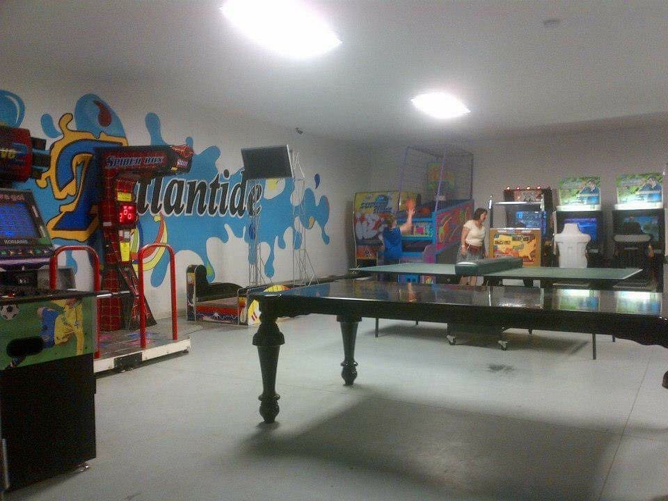 la salle d 39 ados camping familial atlantide. Black Bedroom Furniture Sets. Home Design Ideas