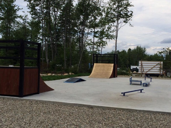 http://www.campingatlantide.com/wp-content/uploads/2017/02/skate-camping-atlantide-1.jpg