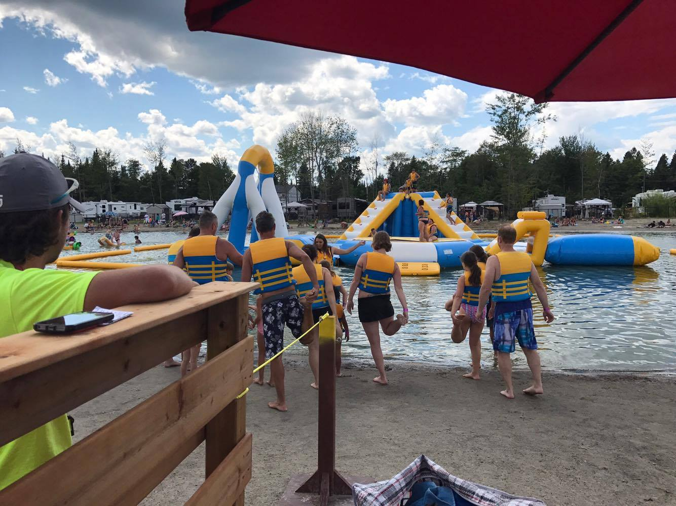 http://www.campingatlantide.com/wp-content/uploads/2018/01/beach-party-2017-complexe-atlantide-13.jpg