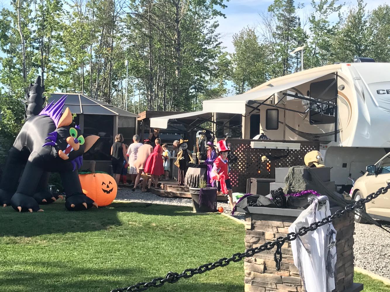 http://www.campingatlantide.com/wp-content/uploads/2018/08/halloween-complexe-atlantide-2018-26.jpg