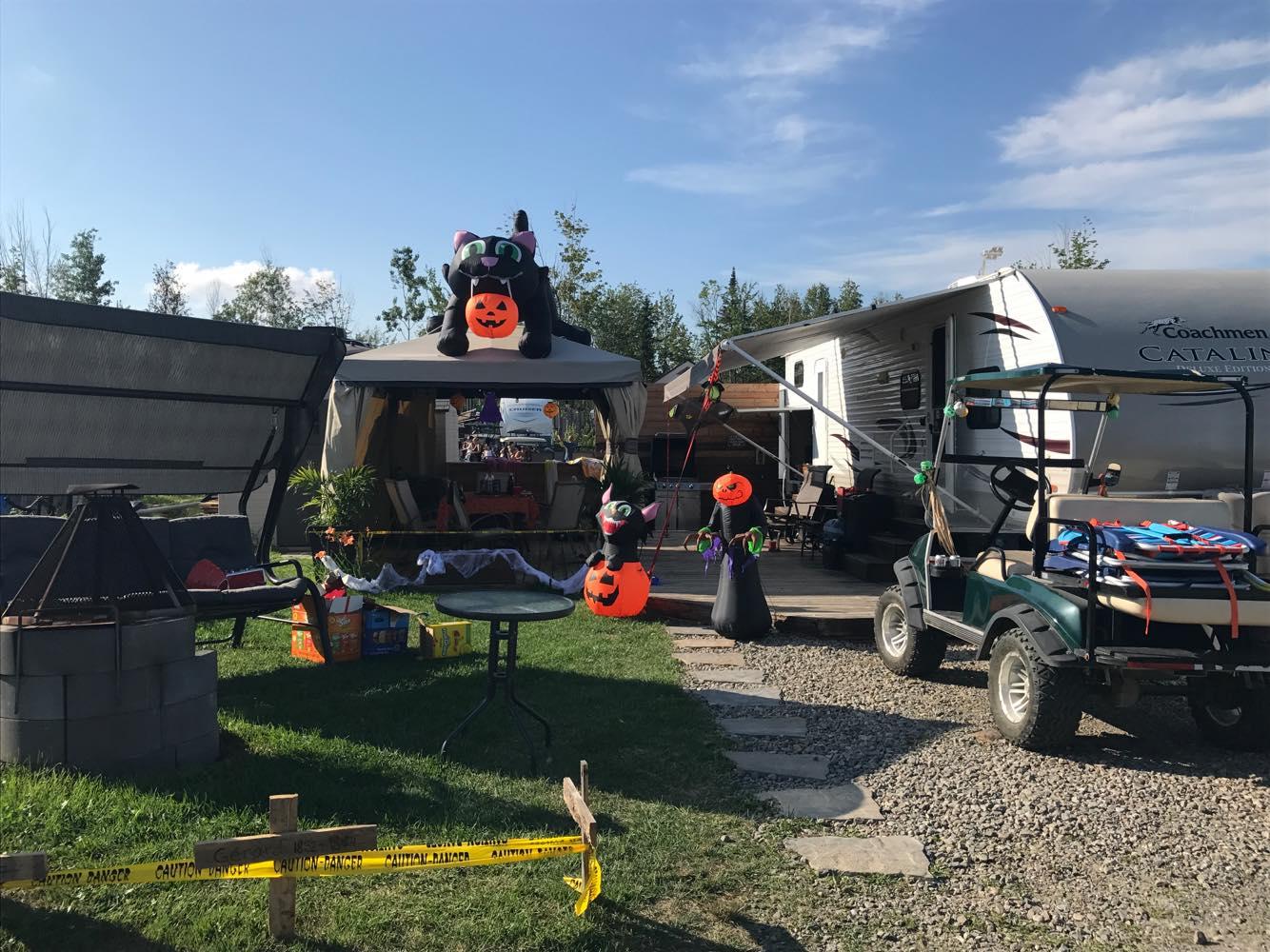 http://www.campingatlantide.com/wp-content/uploads/2018/08/halloween-complexe-atlantide-2018-6.jpg