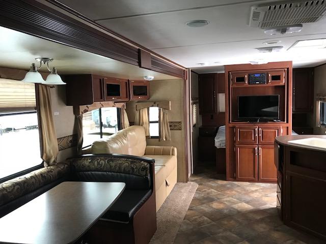 http://www.campingatlantide.com/wp-content/uploads/2018/12/263-chambre-adulte-1.jpg