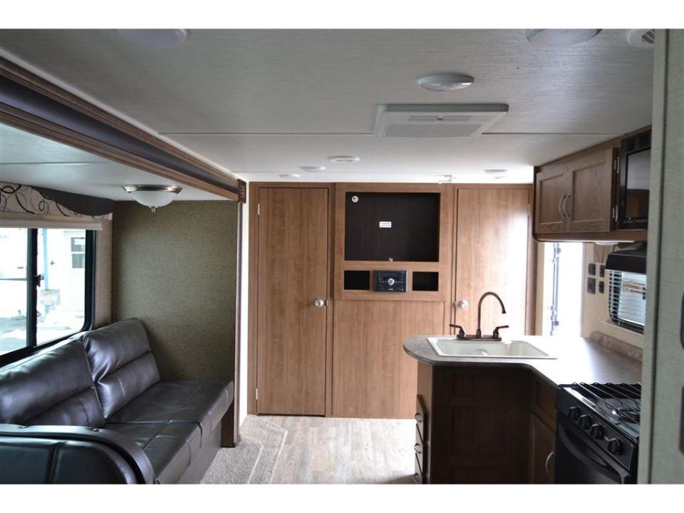 http://www.campingatlantide.com/wp-content/uploads/2018/12/kingsport-salon-1.jpg